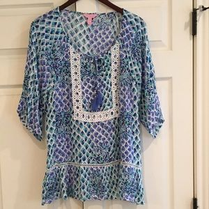 LILLY PULITZER Top w/ Lace. XL